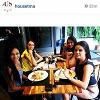 Foto tirada no(a) NaMata Café por Vanessa R. em 3/17/2014