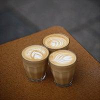 Das Foto wurde bei coffee nerd von coffee n. am 11/18/2014 aufgenommen