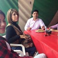 Photo taken at Barbacoa y Consome El Paisa by Ricardo R. on 3/29/2013