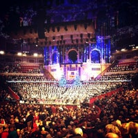 Foto scattata a Royal Albert Hall da Matthew P. il 12/14/2012