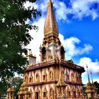 Photo taken at วัดไชยธาราราม (วัดฉลอง) Wat Chalong by Ian N. on 6/18/2013