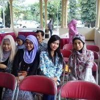 Photo taken at Indah Sari Resto-Ungaran by Ire U. on 8/25/2013