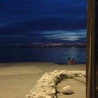 4/12/2013 tarihinde Zeynep K.ziyaretçi tarafından Festival Cafe'de çekilen fotoğraf