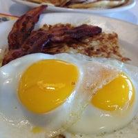 Photo taken at Steak 'n Shake by Cynthia F. on 2/4/2013
