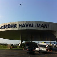 7/27/2013 tarihinde Tayfun B.ziyaretçi tarafından İstanbul Atatürk Havalimanı (IST)'de çekilen fotoğraf