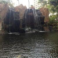 Photo taken at The Westin Maui Resort & Spa, Ka'anapali by Marlo C. on 3/30/2013