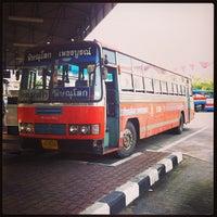 Photo taken at สถานีขนส่งผู้โดยสารจังหวัดเพชรบูรณ์ by Pongpun M. on 8/11/2013