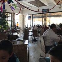 Foto tomada en El 9 Restaurante Lounge Yucateco por Emilio P. el 1/3/2017