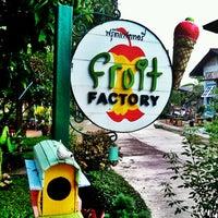 Photo taken at Fruit Factory by krishana w. on 11/17/2012