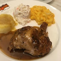 Photo taken at Kenny Rogers Roasters by Victor L. on 1/18/2017