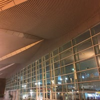 Photo taken at Arrival Hall by Victor L. on 5/6/2017