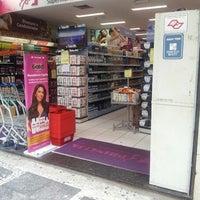 Foto tomada en Princesa Supermercado de Cosméticos por Aylla M. el 4/3/2013