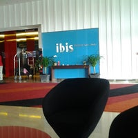 Photo taken at Hotel ibis Bandung Trans Studio by wiwik a. on 11/9/2012