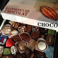 Das Foto wurde bei Baccarat Chocolatier von Yuliana N. am 5/16/2013 aufgenommen