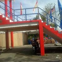 Photo taken at Rumah Umno Pontian by YusAnne Y. on 4/17/2013