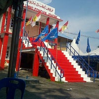 Photo taken at Rumah Umno Pontian by YusAnne Y. on 4/22/2013