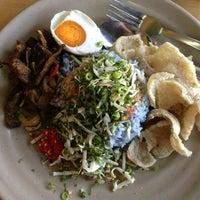 Photo taken at Restoran Baloh by Sarah B. on 3/6/2013