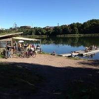 รูปภาพถ่ายที่ Kioskikahvila Tyyni โดย Cavediving.fi เมื่อ 8/25/2013