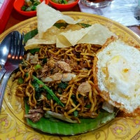 Photo taken at Bakmi Jogja by Sandra W. on 12/27/2016