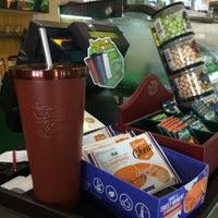 รูปภาพถ่ายที่ Cafe Amazon@PTT  Maeramad โดย Surawadee K. เมื่อ 8/13/2016