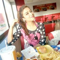 Photo taken at Burger King by Esra H. on 4/5/2013