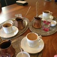 7/1/2013 tarihinde Onur T.ziyaretçi tarafından Cafe Nobel'de çekilen fotoğraf