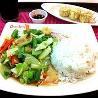 Photo taken at Chowking Sta. Rosa Commercial Complex by Krisunta P. on 4/7/2013
