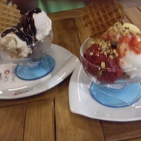 Photo taken at Cieló Caffe E Gelato by Canan A. on 8/29/2013