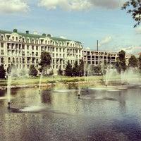 Photo taken at Парк «Чёрное озеро» by Марат К. on 6/7/2013