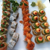 Photo taken at Banbu Sushi Bar & Grill by Manotas8 on 5/27/2013