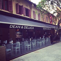 Photo taken at Dean & Deluca by Khanh D. on 2/5/2014