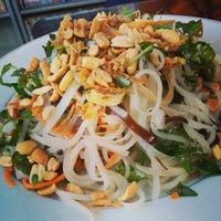Photo taken at Minh Hiên - Quán Chay (Vegetarian) by Khanh D. on 1/6/2014