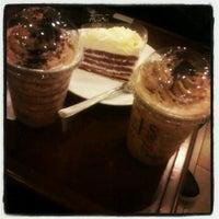 Photo taken at Starbucks by Hasyaaaaa H. on 6/29/2013