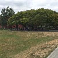 Das Foto wurde bei Ashwood Park von PoP O. am 8/6/2016 aufgenommen
