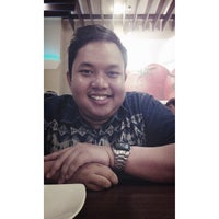 Photo taken at Pizza Hut by Tommy S. on 3/3/2014