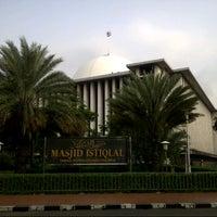 Photo taken at Masjid Istiqlal by kurniawan a. on 7/29/2013