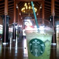 Photo taken at Starbucks by kurniawan a. on 9/25/2014