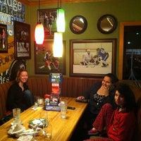 Photo taken at Applebee's Neighborhood Grill & Bar by Laura C. on 3/30/2013