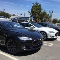 Photo taken at Tesla by Dmitry N. on 4/20/2016