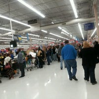Photo taken at Walmart Supercenter by Stephen H. on 11/23/2012