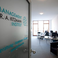 Photo taken at Management-Institut Dr. Kitzmann by Gunnar K. on 4/3/2013