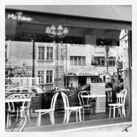 4/22/2013 tarihinde Kamen Y.ziyaretçi tarafından Café Ma Baker'de çekilen fotoğraf