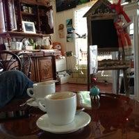 Photo taken at Art Cafe Hemingway by Hani H. on 12/28/2012