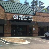 Photo taken at Heat-N-Eat Healthy by Russ H. on 4/1/2013