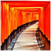Photo taken at Fushimi Inari Taisha by Masaki O. on 1/11/2013