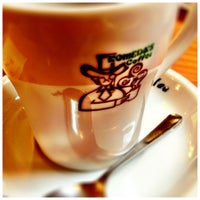Photo taken at Komeda's Coffee by Masaki O. on 1/13/2013