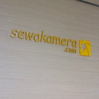 Photo taken at Sewakamera.com by angga m. on 12/27/2013