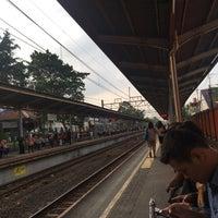 Photo taken at Stasiun Cawang by Radiksa A. on 5/9/2017