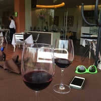 Photo taken at Universum Restaurante Gourmet by alejandro b. on 6/14/2014