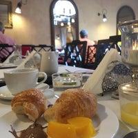 Foto scattata a Hotel Cellai da Elif A. il 8/16/2016